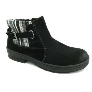 Earth Origins Black Suede Ankle Boots